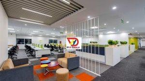 Văn phòng 300m2 kết hợp các màu mát tạo nên không gian mát mẽ dễ chịu hợp phong thuỷ