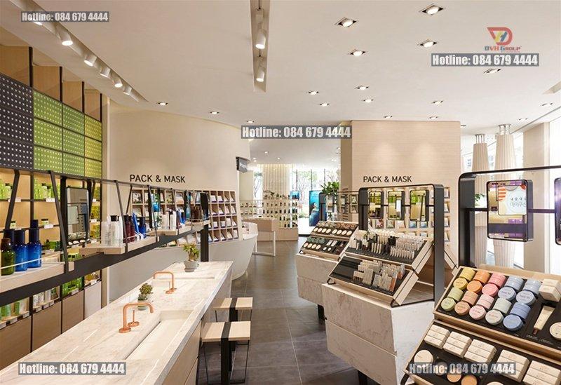 Thiết kế nội thất showroom cửa hàng tại quận 8