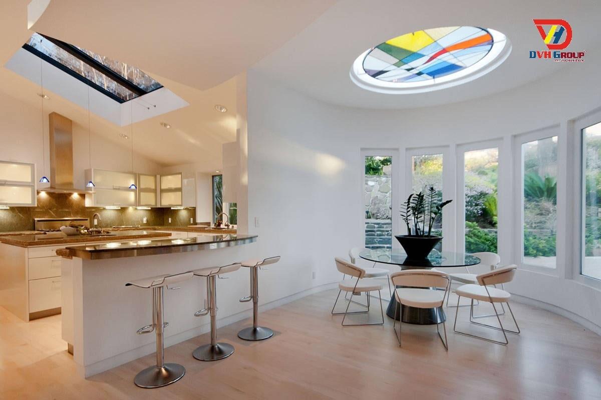 Cẩn trọng khi thiết kế nội thất căn hộ với kính trời