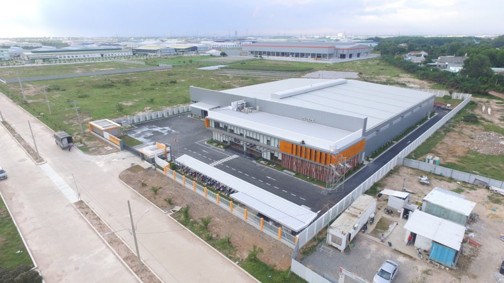 Thiết kế và thi công nhà máy HUNTER DOUGLAS.