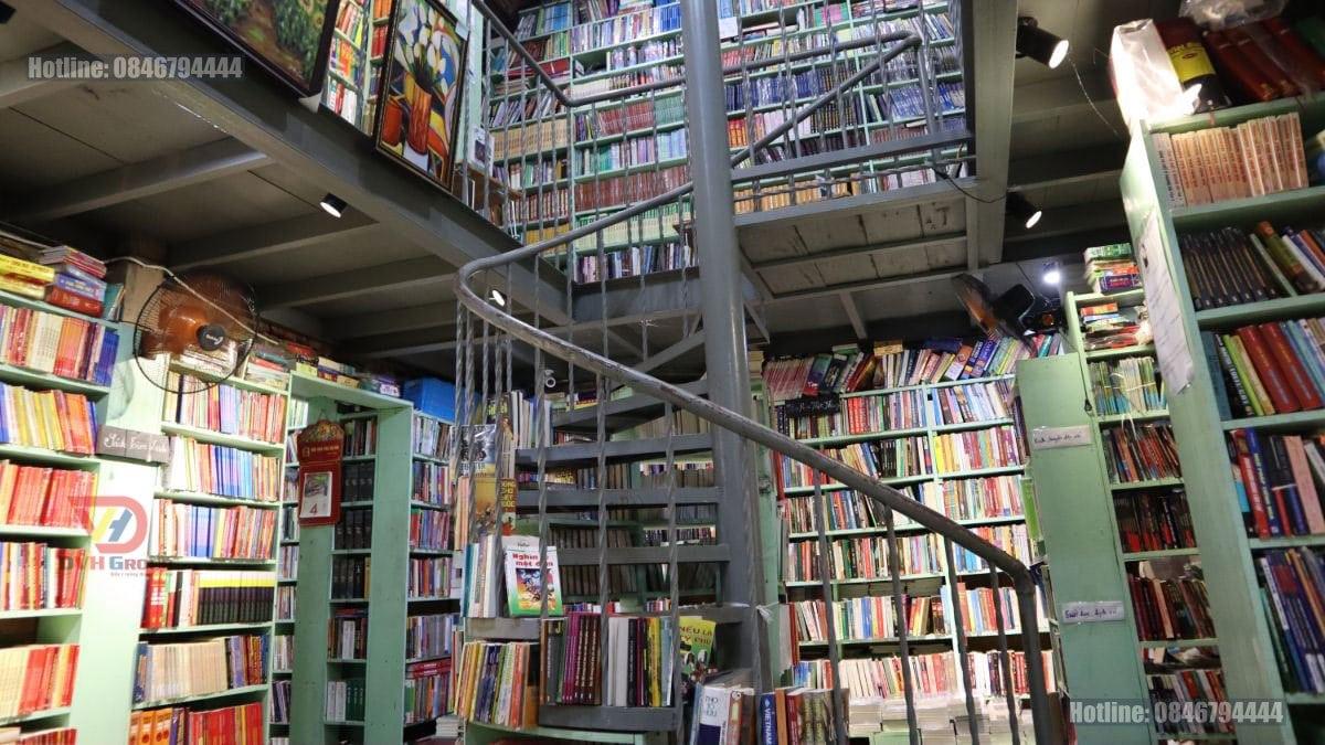 Thiết kế nội thất showroom cửa hàng sách tại Nhơn Trạch