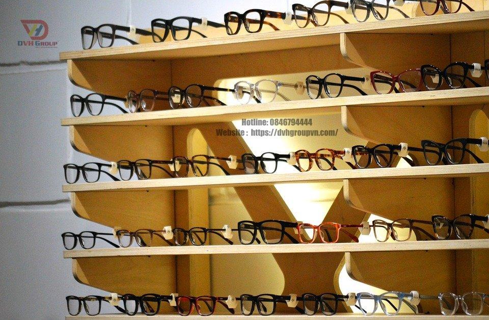 Thiết kế nội thất Showroom cửa hàng kính mắt