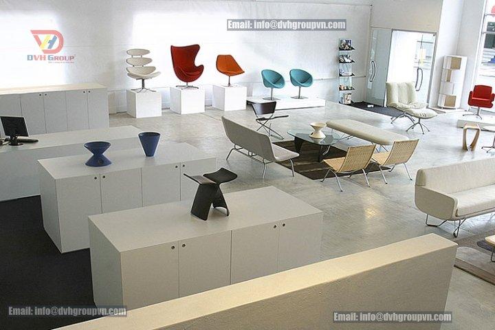 Thiết kế showroom diện tích nhỏ với gam màu sáng