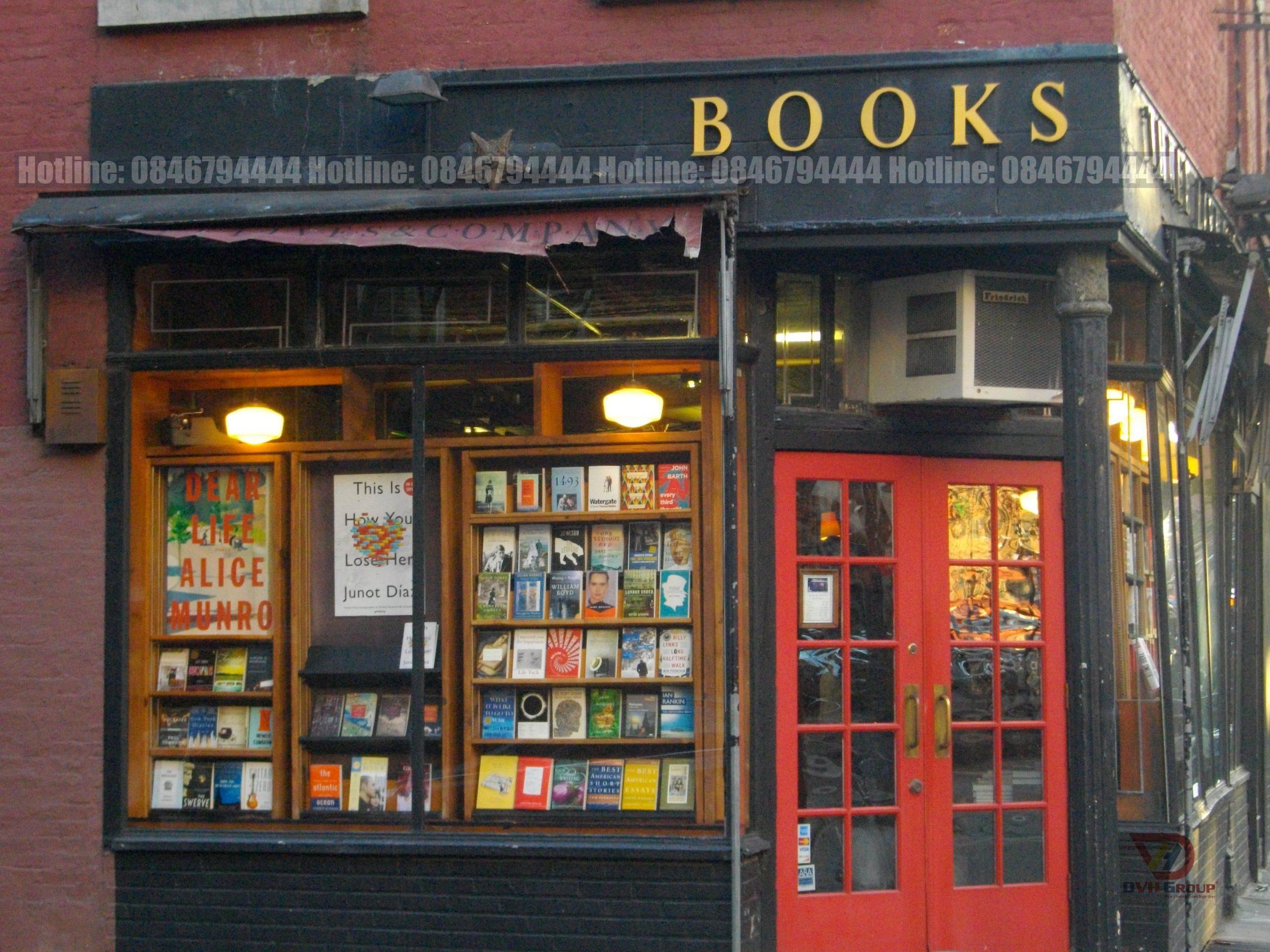 Bảng hiệu của cửa hàng sách