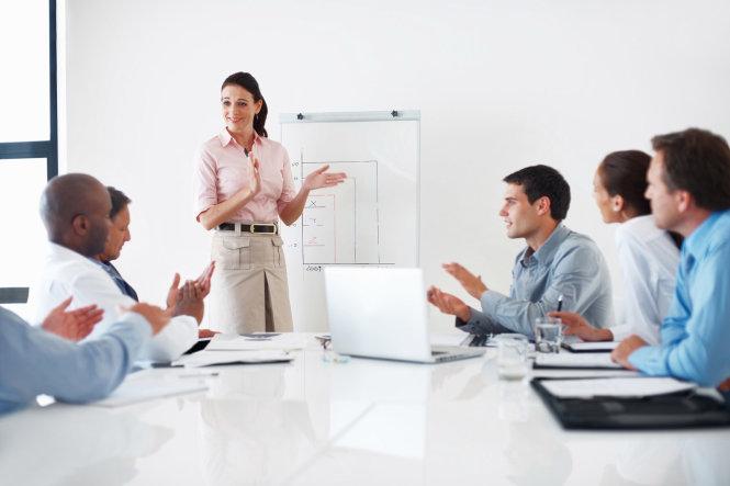 Tư vấn và đưa ra giải pháp thiết kế tốt nhất cho khách hàng